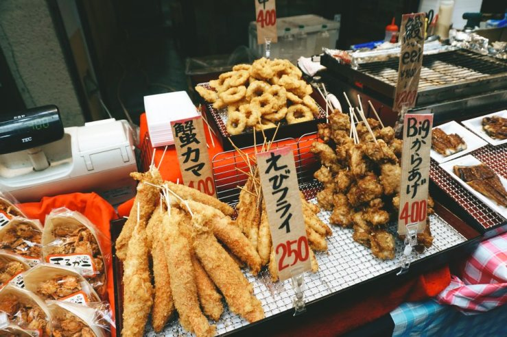 Those big fried things on sticks were HUGE lumps of crab meat. My arteries were quivering.