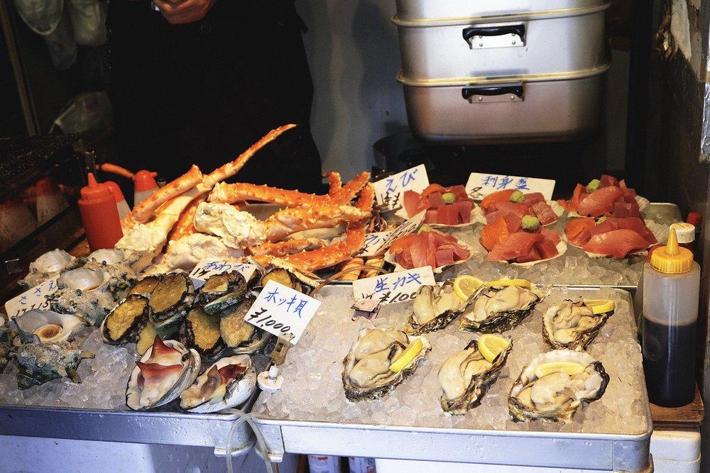 Fresh seafood everywhere.